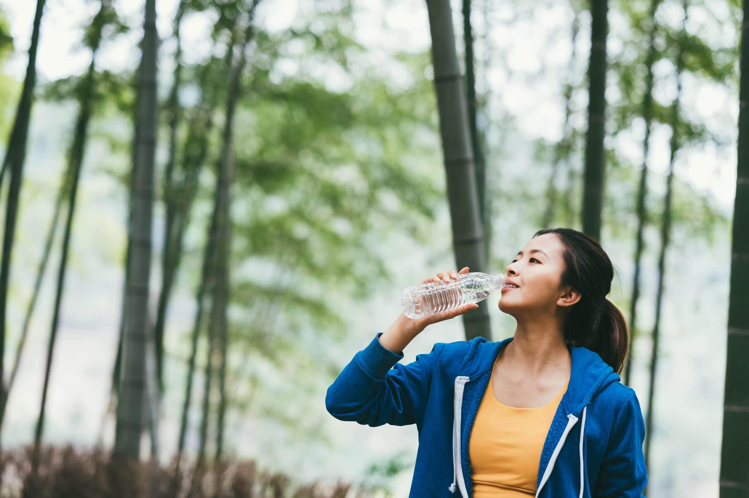 Πόσο νερό πρέπει να πίνω - πρόγραμμα με ιδανικές ώρες